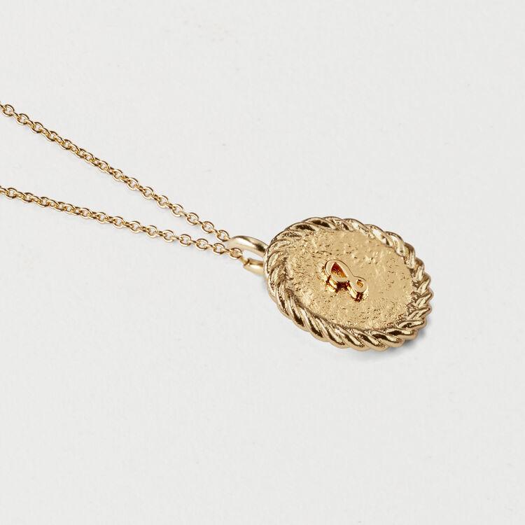 Médaillon numéro 8 : Bijoux couleur OR