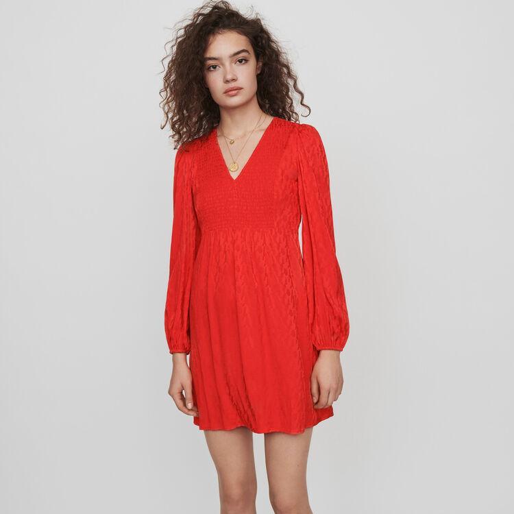 Robe smockée en jacquard satiné : Robes couleur Rouge