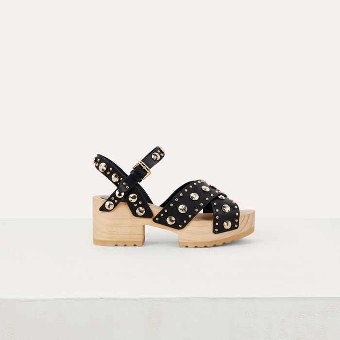 Sabot à talon en bois et studs : Chaussures plates couleur BLACK