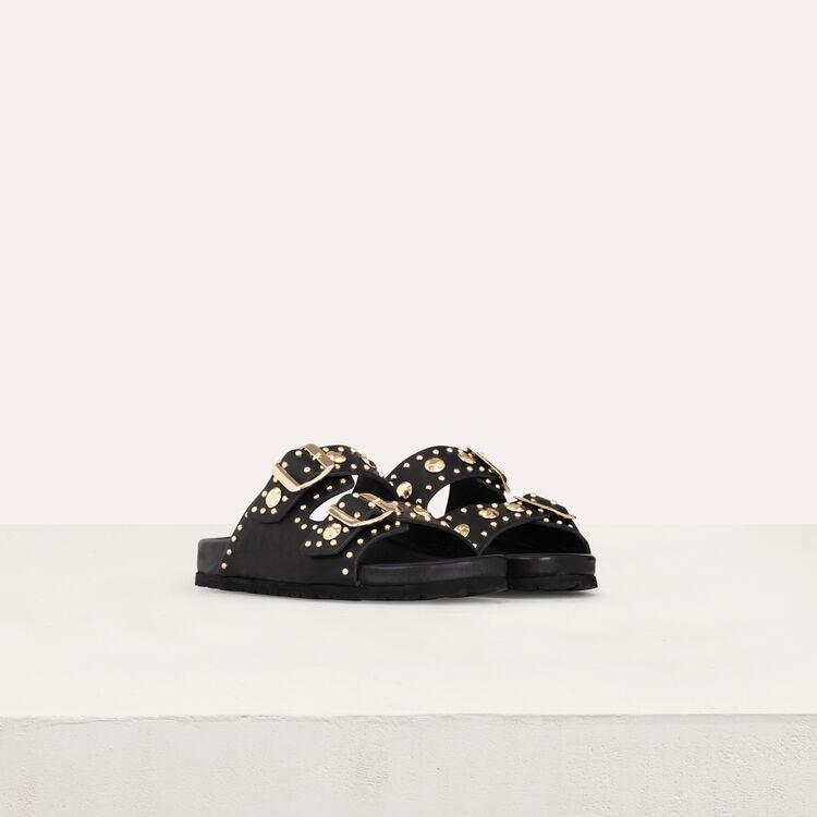 Sandales en cuir ornées de studs : Chaussures plates couleur BLACK