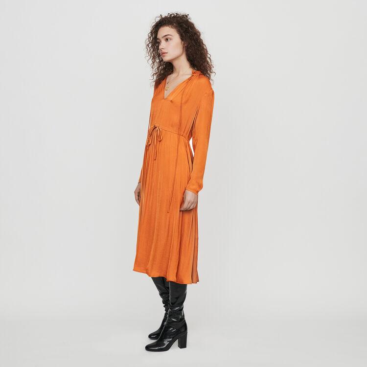 Robe en satin coulissée à la taille : Robes couleur Caramel