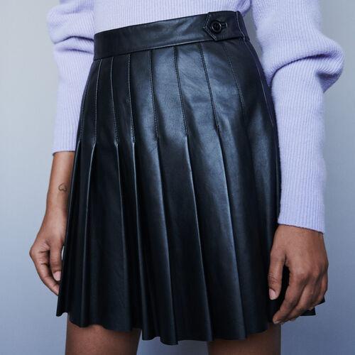 Jupe plissée en cuir : Jupes & Shorts couleur Noir
