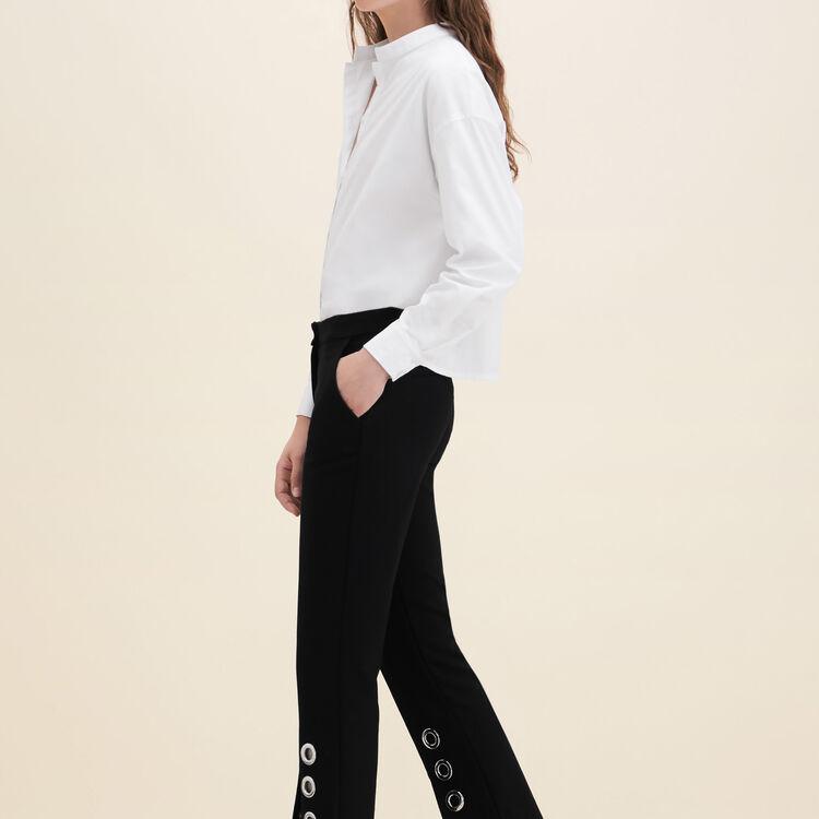 Pantalon droit avec œillets en crêpe : Pantalons couleur BLACK