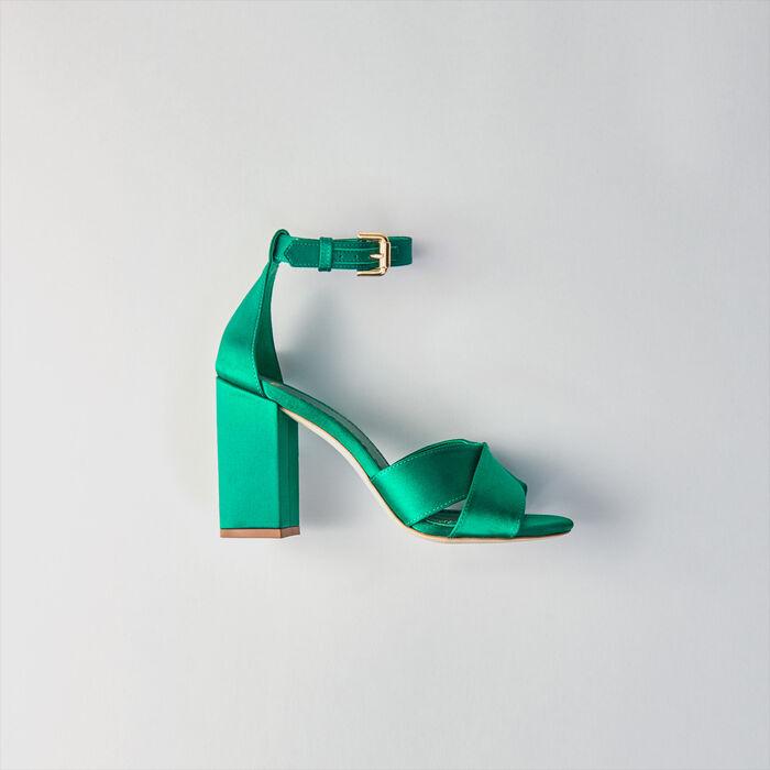 Sandales à talon en satin : Escarpins couleur VERT